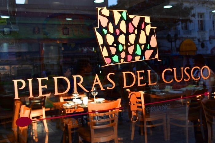 Restaurant Piedras del Cusco, Santiago do Chile, Comida peruana, Onde comer em Santiago do Chile, Mercado Central Chile, Chile, LikeChile, Centolla, Lomo Saltado, Suspiro Limeño, peixes