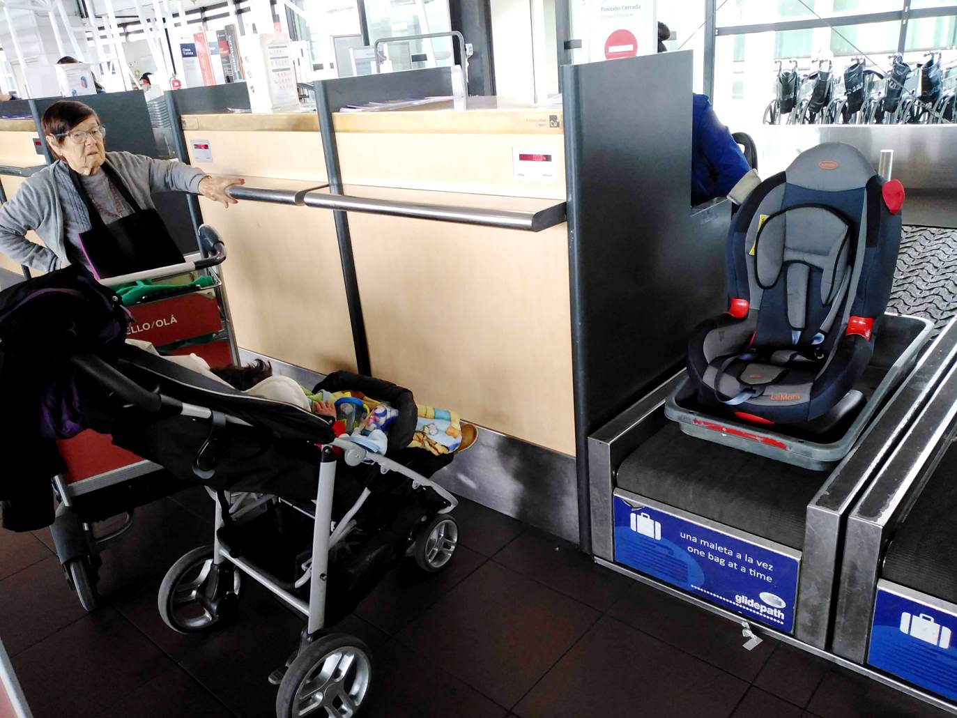 caderinha de criança aeroporto LikeChile